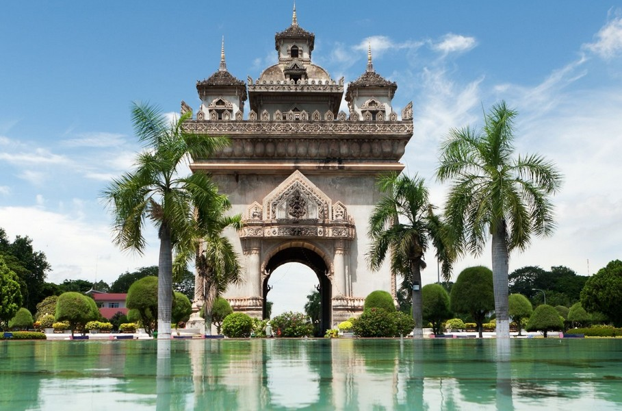 Centara to laos with 5 star hotel in vientiane for Laos hotels 5 star