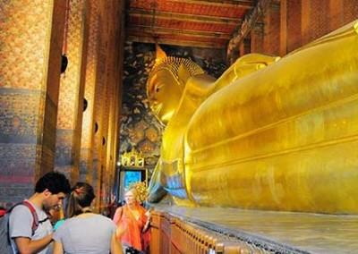 Wat Phos Reclining Buddha Named Among 10