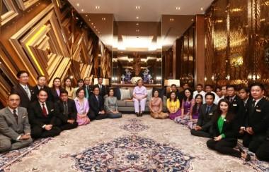 chatrium-hotel-yangon-royal-lake-princess-thai