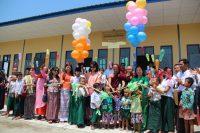 Handing-Over Ceremony for Nawarat Monastic's School Building