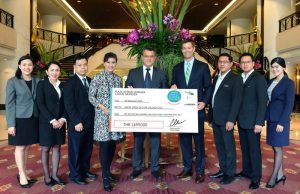 Plaza Athenee Bangkok Helps UNICEF for Children Challenge 2016