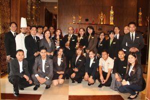 Chatrium Hotel Royal Lake Yangon Wins at the World Travel Awards 2016