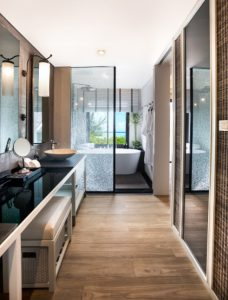 krabi-thailand-new-five-star-resort-the-shellsea-bathroom-with-view-luxury-beach-resort