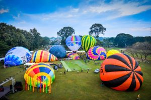 Balloons over Chiang Mai at Thailand's 10th International Balloon Festival