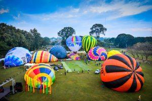 Balloons over Chiang Mai at Thailand's 10th International Balloon Festival