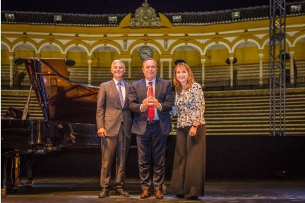 WTTC Names Minister Santos of Argentina, Global Champion for Tourism - TRAVELINDEX