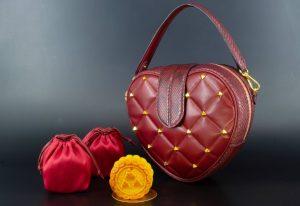 Elegant Mooncake Lover Bags Pellevah at Anantara Siam Bangkok Hotel