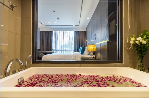 Lucky 10 at Well Hotel Bangkok Sukhumvit 20 - TRAVELINDEX