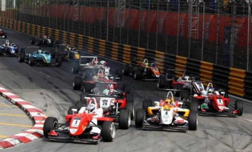 Macao Welcomes 28,000 Visitors on First Day of Macau Grand Prix