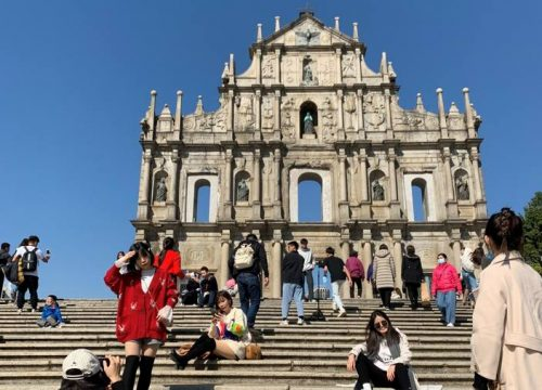 Macao Records Highest Daily Visitor Arrivals on New Year's Eve - TRAVELINDEX - VISITMACAO.org